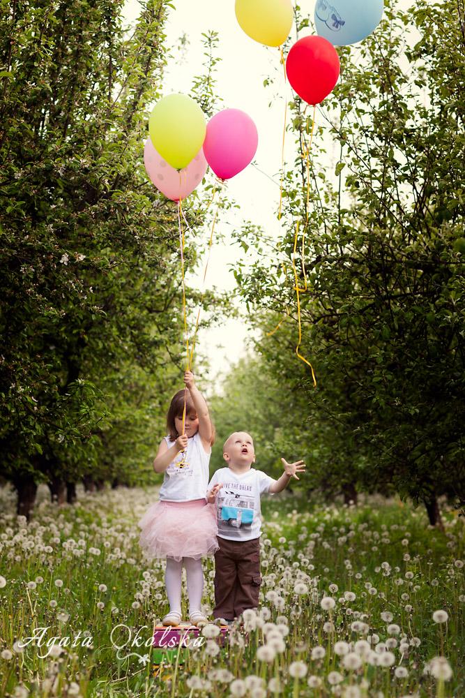 fotografia dziecięca z balonami